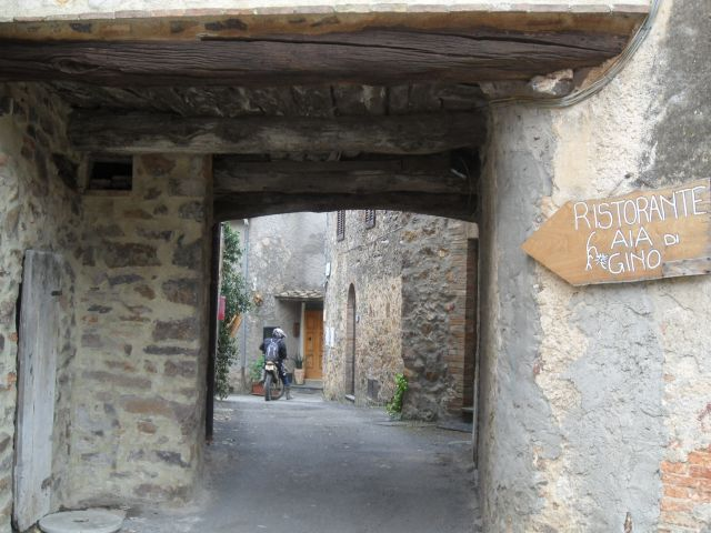 Verstecktes Restaurant in historischem Ambiente